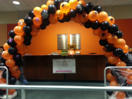 Halloween themed spiral arch
