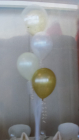 4 balloons on tulle